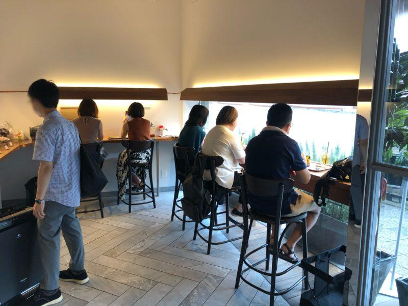 ショコラトリー ヒサシ のカフェスペース (イートインスペース)