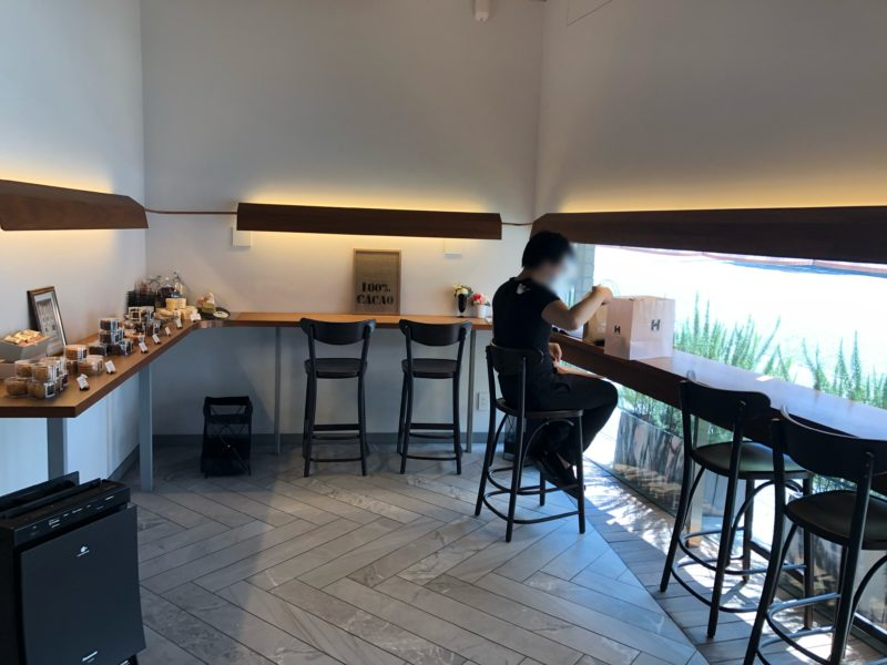 ショコラトリー ヒサシ (Chocolaterie HISASHI) のカフェスペース