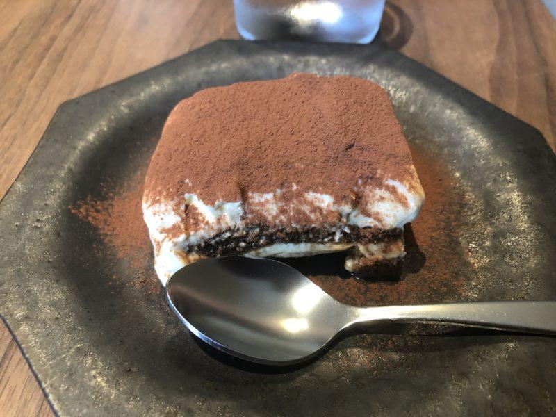 モトコーヒー 内本町店のティラミス