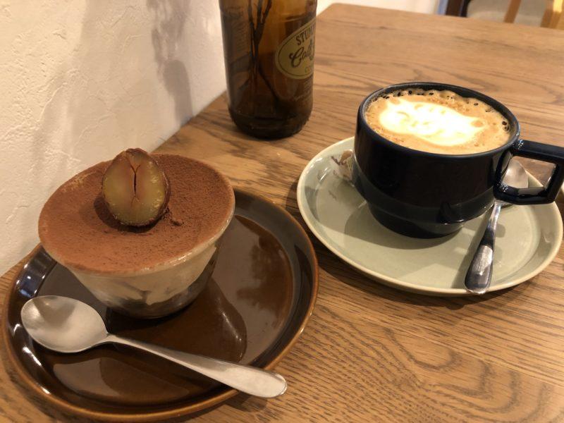 ルート コーヒー (ROOT COFFEE) の渋皮栗ティラミスとカプチーノ