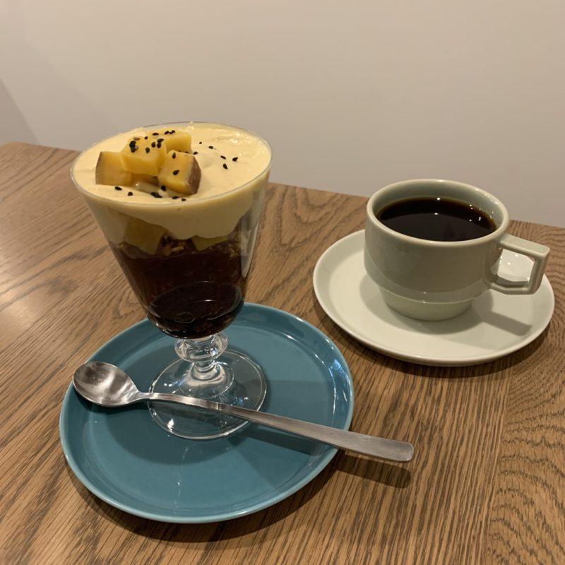 ルート コーヒー (ROOT COFFEE) の安納芋ティラミスパフェとグァテマラ