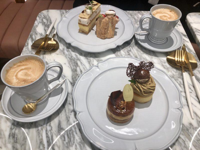 ポアール・ド・ジュネス 堂島 のケーキ