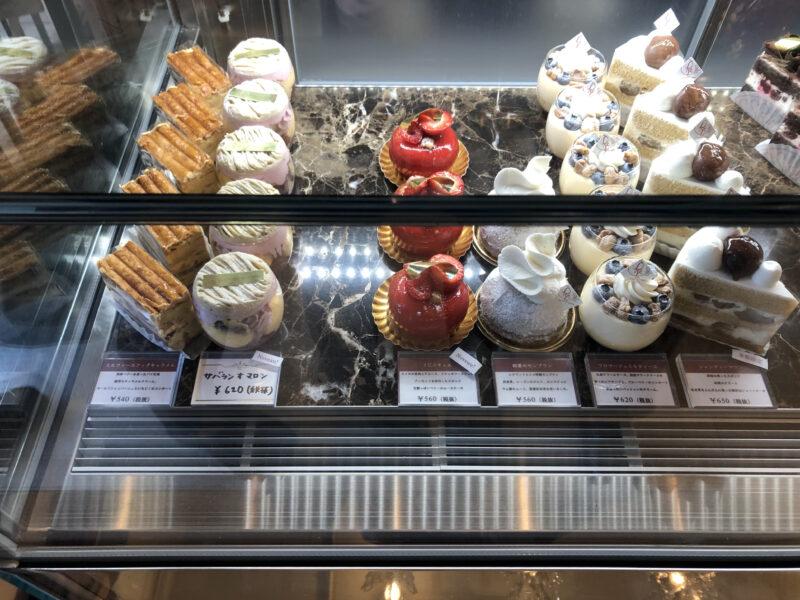 レクラン ド ユミコ (L'ECRIN DE YUMIKO) のケーキ